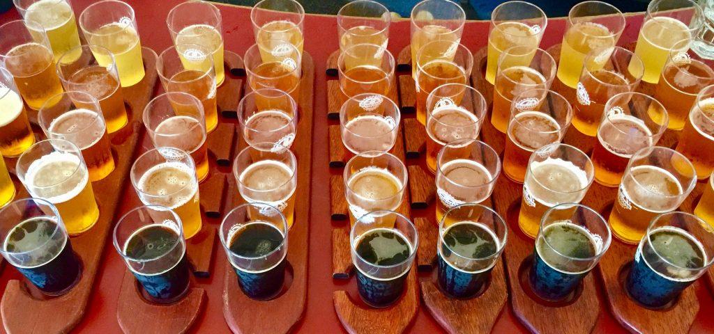beer-paddles-aussie